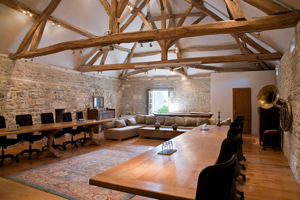 chateau de mailly commons conference room
