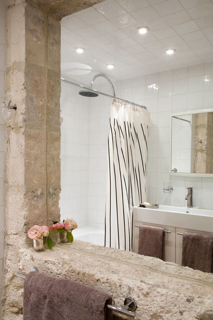 chateau de mailly pavilions shower